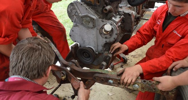 Tractor Rebuild by Bicton Students – Part 4