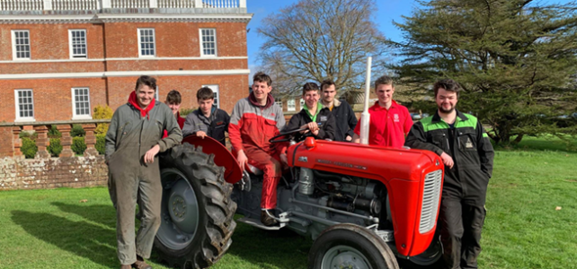 Tractor Rebuild by Bicton College Students Complete!